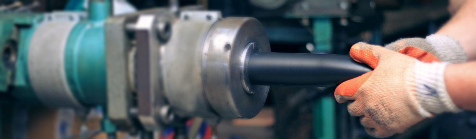 Ekstruder-za-proizvodnju-gumenih-creva-hladnjaka-i-interkulera